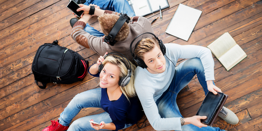 listening-to-music_young-adults_900x450