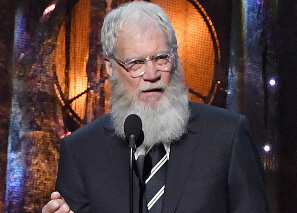david-letterman_inducts-pearl-jam-into-rockhall-of-fame-2017_900x450
