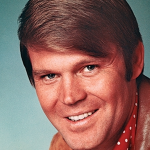 glen-campbell_dead-at-81_900x450