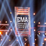 country-music-awards_generic-above-stage-sign_with-lazer-lites_900x450