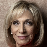 andrea-mitchell_40-years-of-real-news-reports_900x450